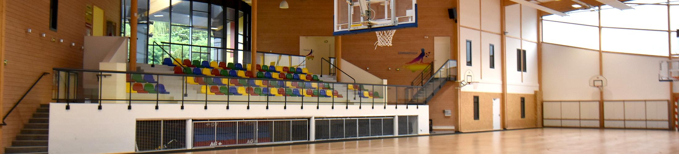 A faire en intérieur Oui c'est vrai, il pleut quelquefois en Normandie, voici donc quelques structures pour effectuer du sport à l'abri des goûtes ! Le 1